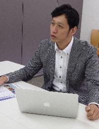 林健太郎コーチ