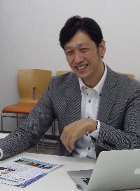 林 健太郎コーチ