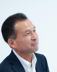 平林秀滋コーチ