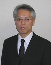 岩本 啓コーチ