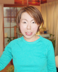 資山祐理江コーチ
