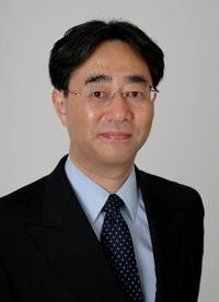 角田知行コーチ