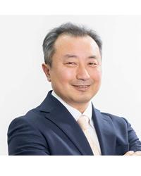 吉田英夫コーチ